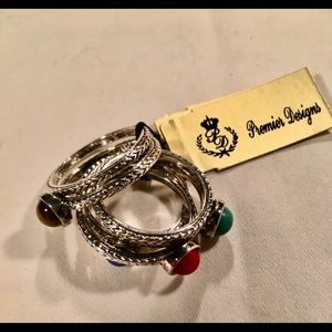 Touch of Color- Premier Designs ring set of 6